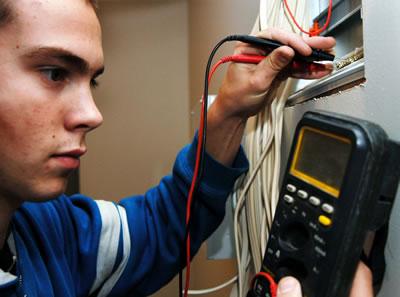 Comment trouver un bon electricien