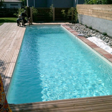 Sarl aqua blue europa piscine for Portable piscine assurance