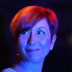 <b>Delphine Mailland</b> chanteuse - starofservice_92970slide5